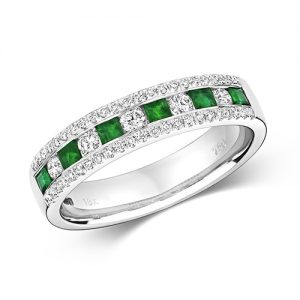 18KT 5 Round 0.17ct 46 Diamonds 0.17ct 6 Emerald 0.31ct 3.90g