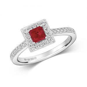 18KT 32 Diamonds 0.25ct 1 Ruby 0.45ct 3.00g